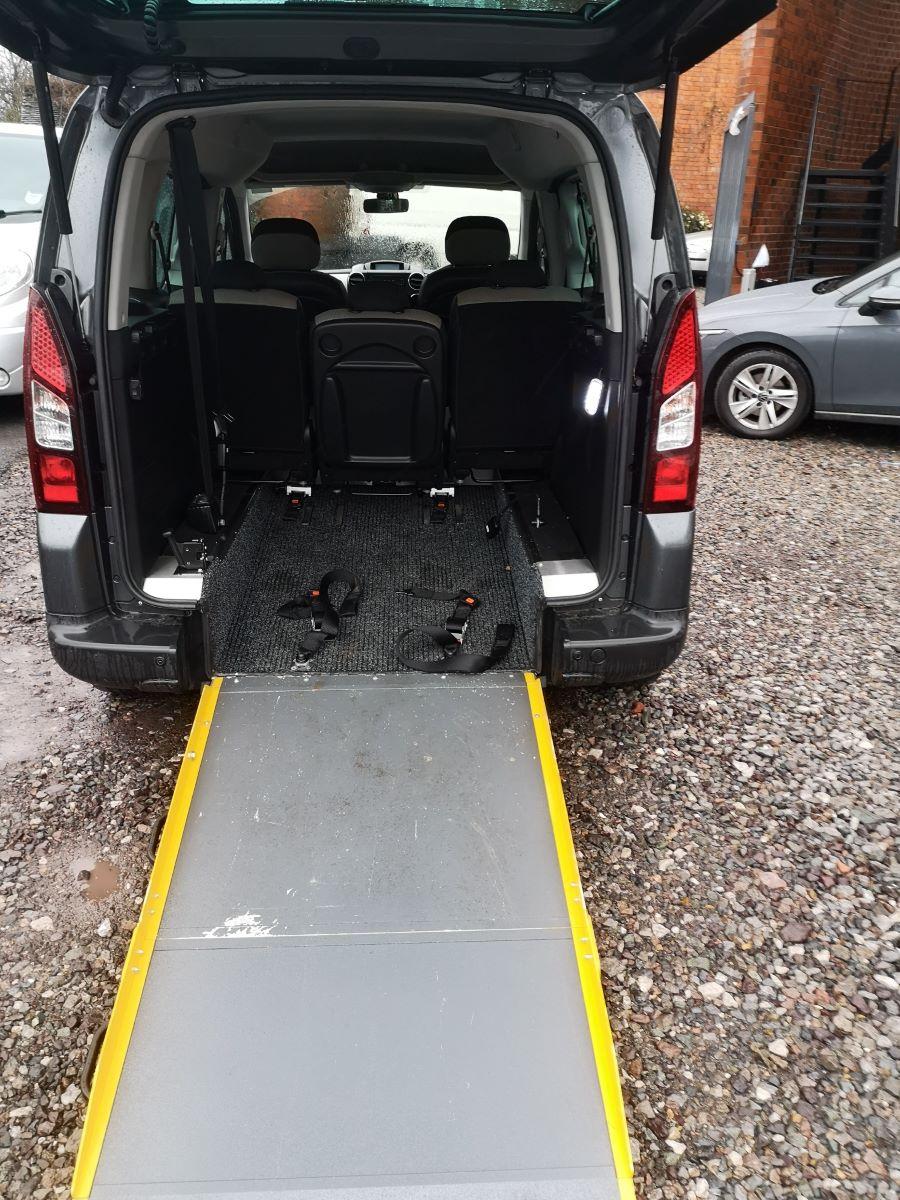 rear-ramp-down-desk.jpg